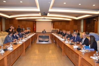 Türk-İş, Kamu İşçilerinin 2019 Zam Taleplerini İletti